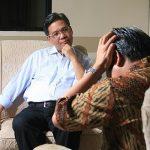 Težave v družini nam pomaga rešiti psihoterapevt